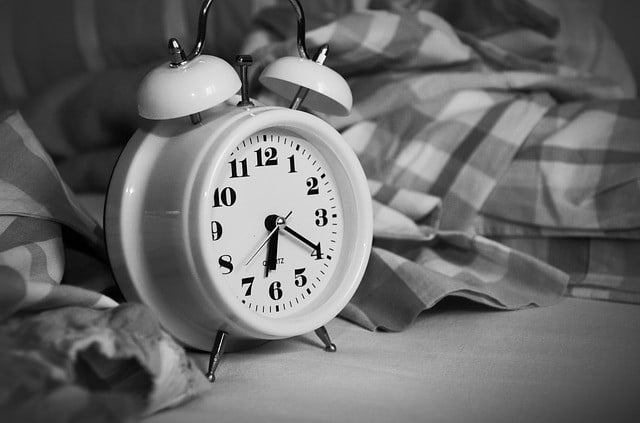 alarm clock signifying new lease accounting standards postponed